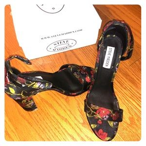 Steve Madden Carson Multi Colored heels